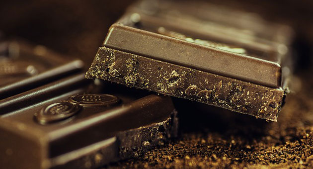 الشوكولا السوداء .. أمور قد لا تعرفها عنها!