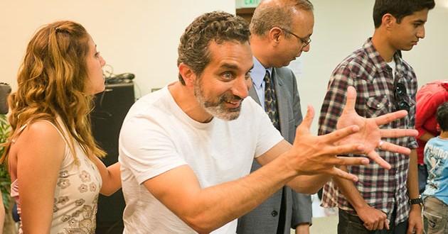باسم يوسف يواجه غرامات بملايين الدولارات