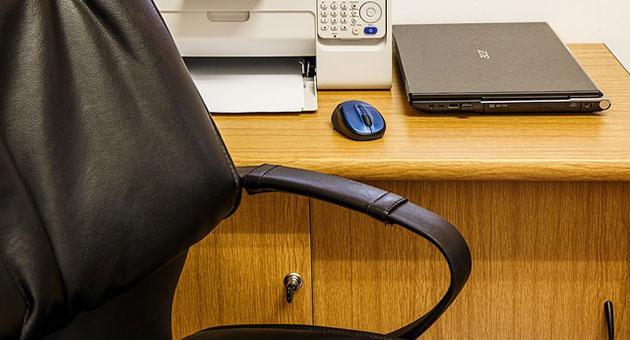 أضرار العمل المكتبي وأسبابها