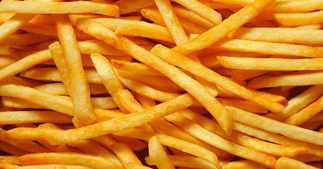 تحضير البطاطا المقلية على الطريقة العادية